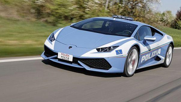 Meet the newest Italian police member: a Lamborghini Huracan