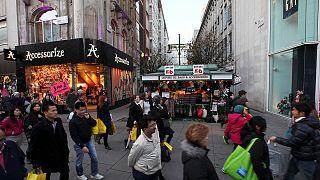 نمو اقتصاد المملكة المتحدة بنسبة 0.7 % في الربع الأخير من العام الماضي