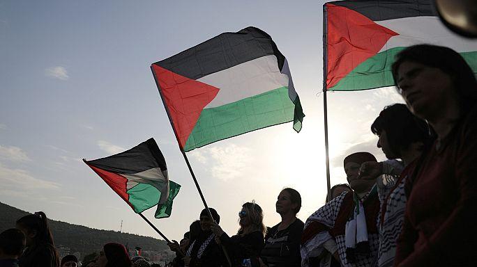Palestinianos voltam a manifestar-se contra os colonatos israelitas