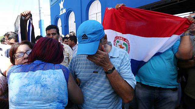 Jovem manifestante assassinado pela polícia no Paraguai