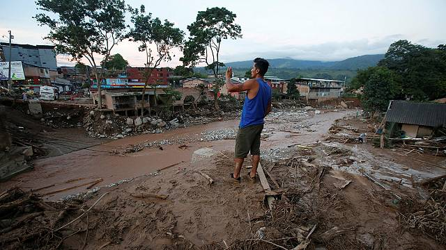 More than 250 killed in Colombia landslide