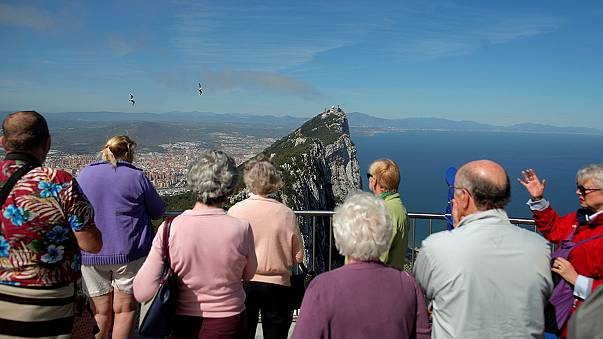 May advierte de que el Reino Unido nunca cederá la soberanía de Gibraltar sin apoyo de la población