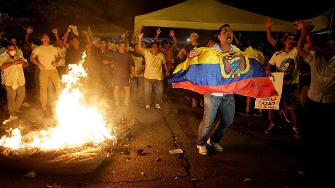 El candidato oficialista Lenín Moreno gana las elecciones presidenciales en Ecuador. La oposición contesta los resultados.
