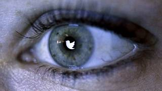 Twitter fights trolls, changes its default image setting