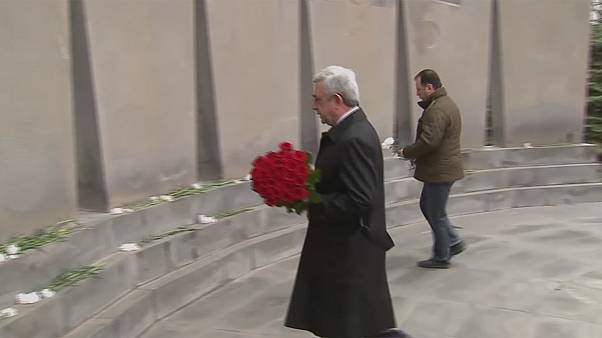Ermenistan'da referandum sonrası ilk genel seçimde Sarkisyan'ın dediği oldu