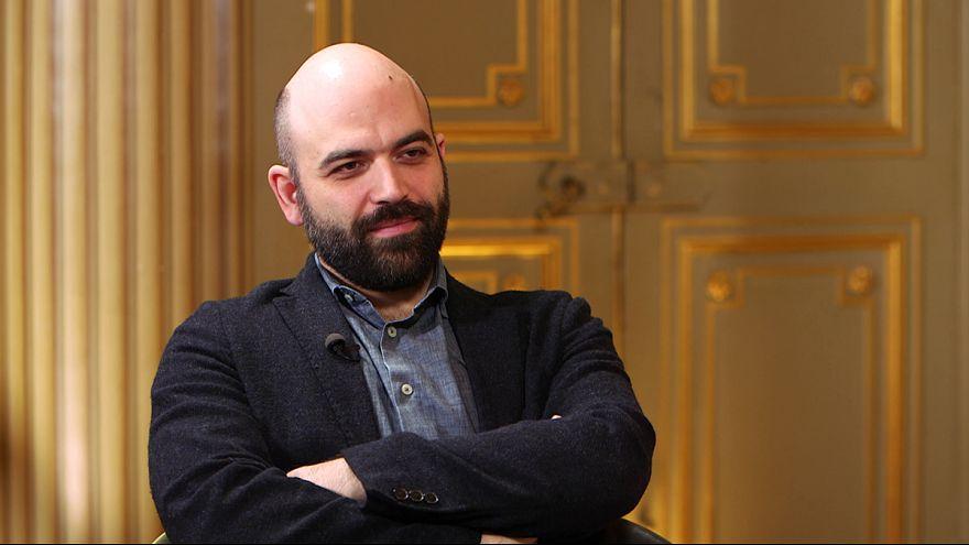 """""""A maffia behatolt az európai legális gazdaságba"""" - beszélgetés Roberto Savianóval"""
