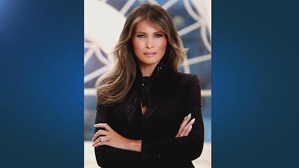 Official portrait of Melania is out ... and Twitter is abuzz