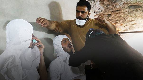 Siria y Rusia niegan ser autores del ataque químico con al menos 58 muertos