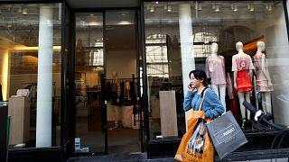 Las ventas minoristas en la eurozona se aceleraron en febrero, sobre todo en la ropa