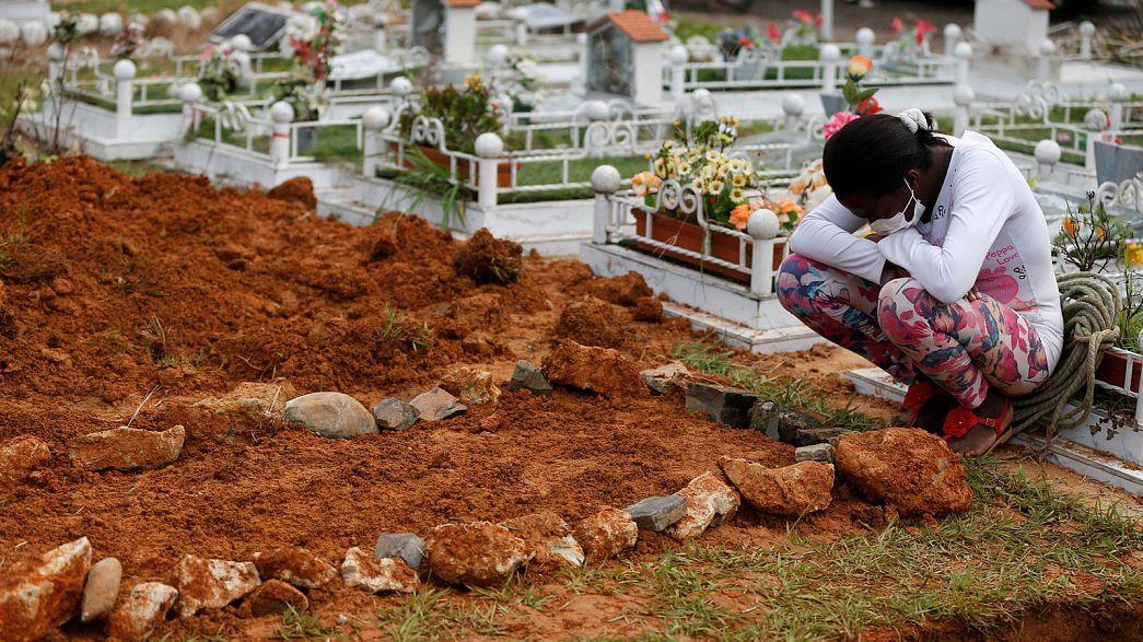 Colombie : le dénuement des survivants et la recherche des corps après la coulée de boue
