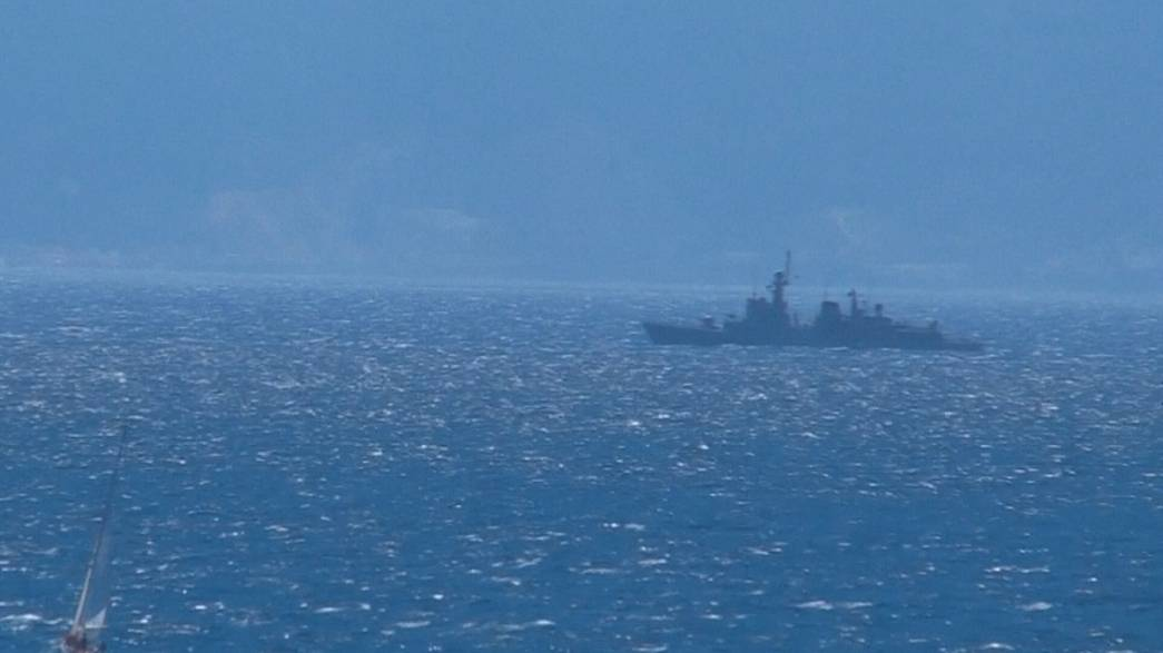 مصير جبل طارق في الواجهة بعد دخول بارجة حربية اسبانية المياه المتنازع عليها بين اسبانيا و بريطانيا