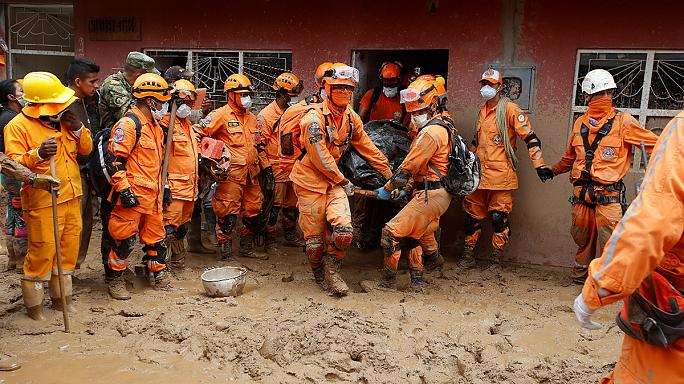 Colombian landslide death toll rises to 290