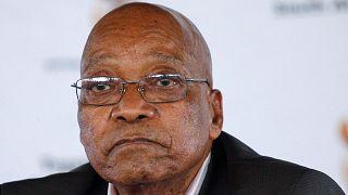 بعد مطالبات بالتنحي، زوما يلقى دعم حزبه