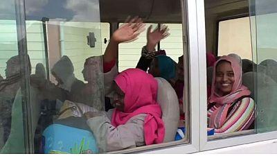 Libye : plus de 20 femmes ex-otages de l'EI retrouvent leurs familles