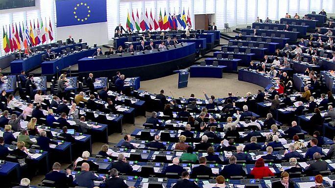 European Parliament calls on Russia to free Kremlin critic Navalny