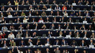 ЕС недоволен Венгрией. Трения с Британией. Афинский тупик