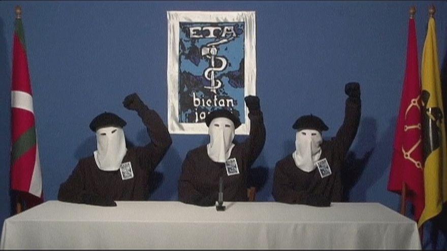 ETA confirma desarmamento unilateral e total