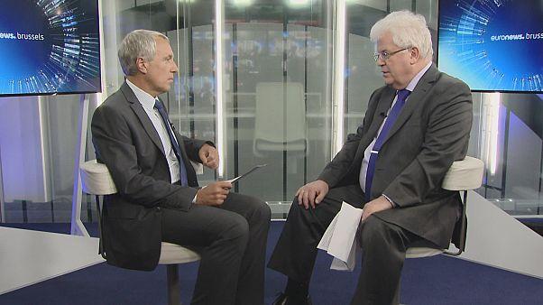 """""""Unverantwortlich gehandelt"""" - Russlands EU-Botschafter über die US-Luftangriffe in Syrien -"""