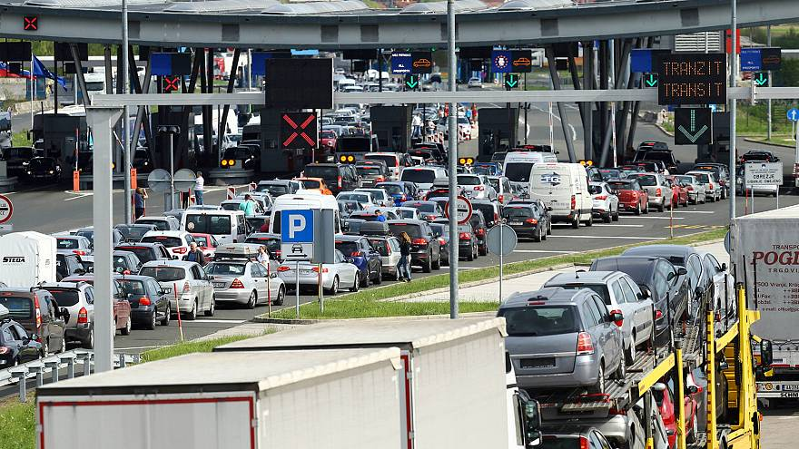 Frustration as tightened EU border checks begin