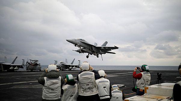 Επίδειξη ισχύος από την Ουάσιγκτον - Το USS Carl Vinson πλέει προς την κορεατική χερσόνησο