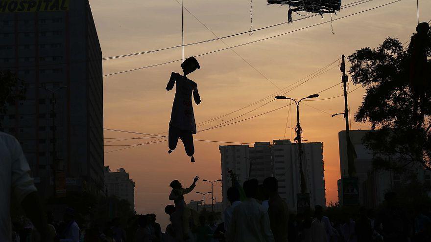 Image: An effigy of Aasia Bibi
