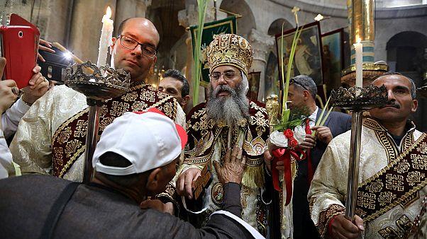 القدس: أحد الشعانين في كنيسة القيامة