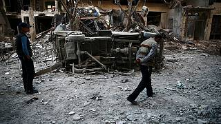 Reagáltak a szíriai konfliktusban érintett felek a pénteki amerikai bombázásokra