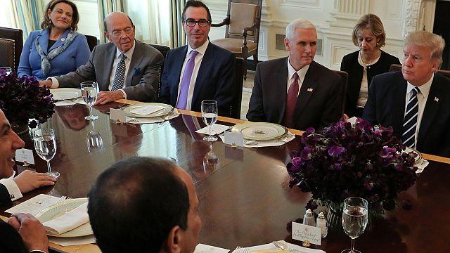 EUA: vice conselheira nacional de segurança poderá trocar Washington por Singapura