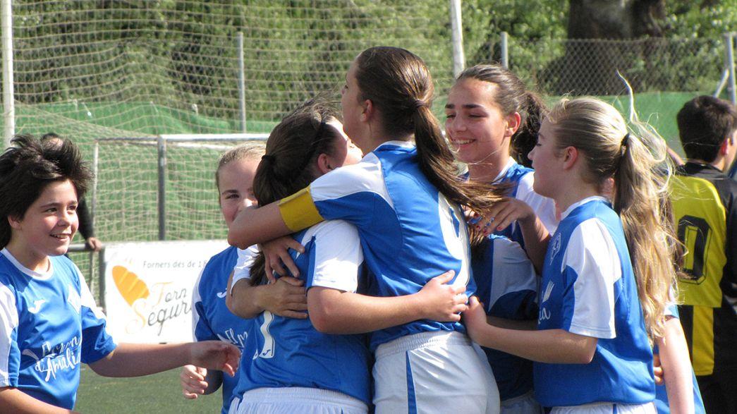 Ισπανία: Γυναικεία ομάδα ποδοσφαίρου κατάφερε να διακριθεί παίζοντας σε όμιλο ανδρών