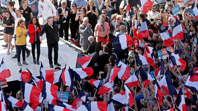 """Jean-Luc Mélenchon : un programme de rupture tourné vers le """"peuple"""""""