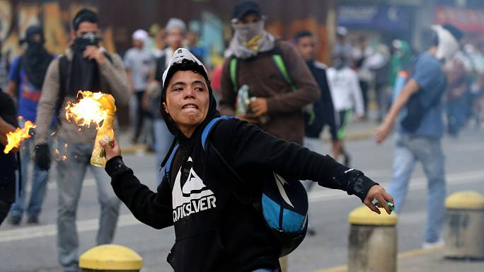 Violence flares once more in Venezuela