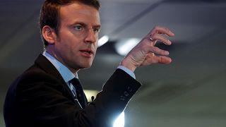 Frankreich 12 Tage vor der Wahl: Neue Beschimpfungen, neue Hologramme