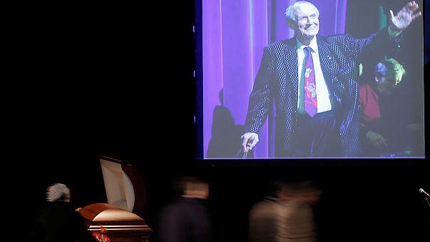 ادای احترام به یفتو شنکو در خانه ادبیات مسکو