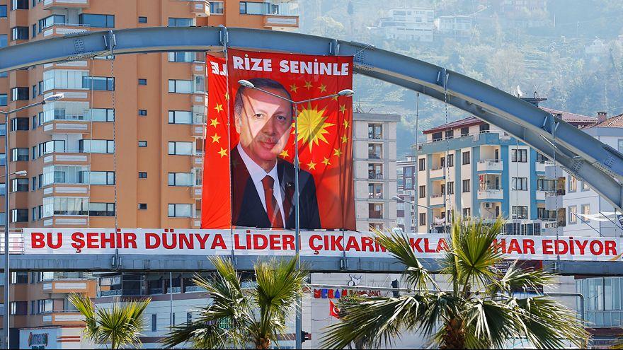 Úton vannak a külföldön élő törökök szavazatai Törökországba