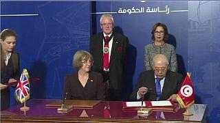 Le Royaume-uni signe des accords financiers avec la Tunisie