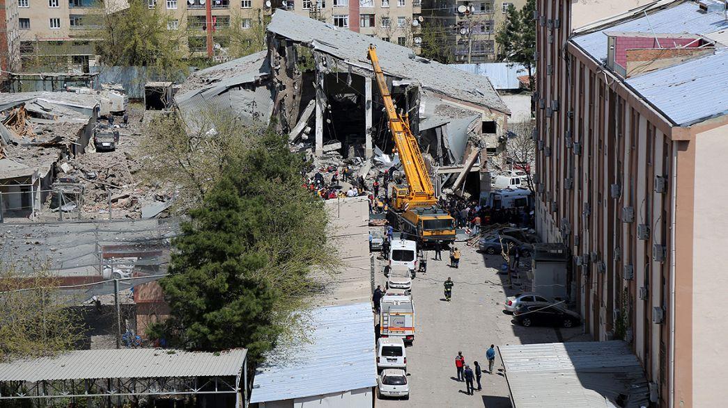 Kurd szélsőségesek követték el a törökországi merényletet