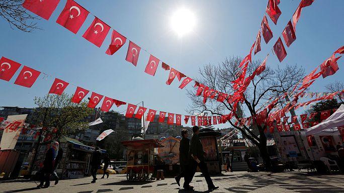 """""""مسيرة إزمير"""" أغنية قديمة في تركيا أُحييت كنشيد لأمة حديثة معارضة لأردوغان"""