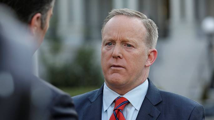 Spicer apologises for 'reprehensible' Holocaust comments