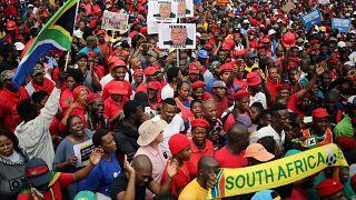 Başkan Zuma'ya bir haftada ikinci istifa protestosu