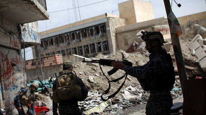 В западной части Мосула продолжаются бои иракских правительственных войск с боевиками ИГ