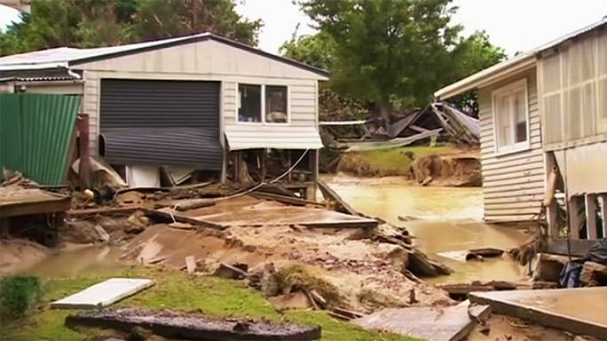 Cyclone Cook hits New Zealand