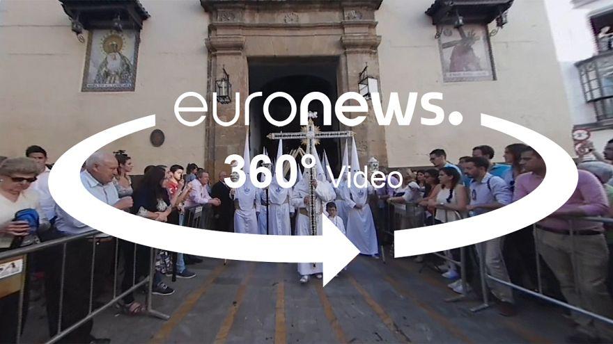 Ilyen látványos a húsvétot megelőző Szenthét Sevillában