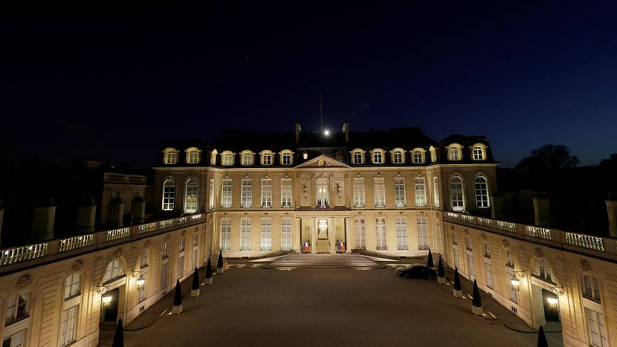 Google Maps puts Marine Le Pen in the Elysee Palace