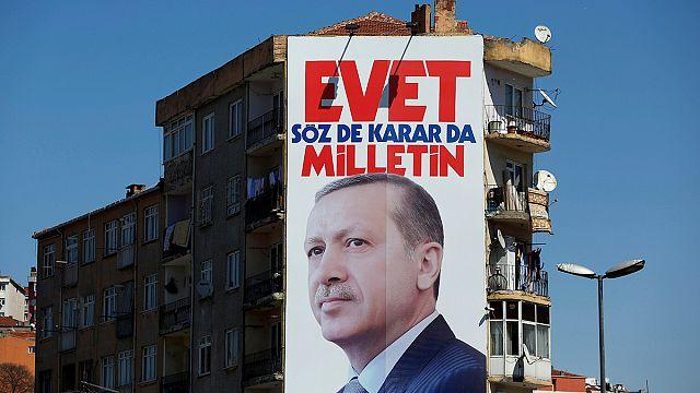 اردوغان والاستفتاء على تعديل الدستور