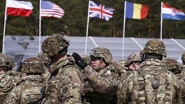 Президент Польши приветствовал военнослужащих НАТО