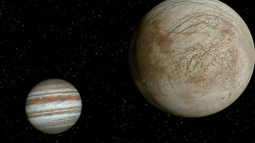 La NASA halla posibles condiciones de vida en lunas de Saturno y Júpiter