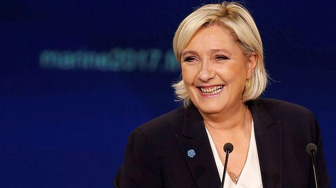Ο δήμαρχος του Μποκέρ, το Εθνικό Μέτωπο και οι γαλλικές προεδρικές εκλογές