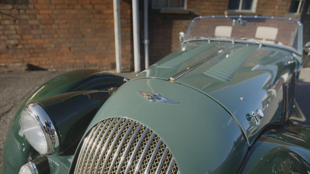 Morgan Motors: automóviles ensamblados a mano. Una marca legendaria ...