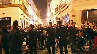 هرج و مرج در جریان مراسم عید پاک در اسپانیا شماری زخمی برجا گذاشت
