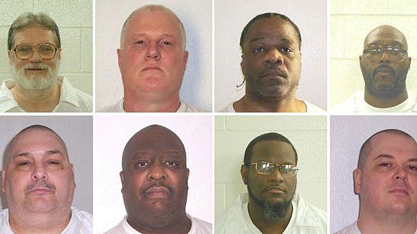 تعلیق موقت اعدام ۷ زندانی در ایالت آرکانزاس آمریکا